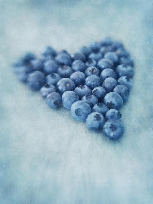Blueberry Photograph - I Love Blueberries by Priska Wettstein