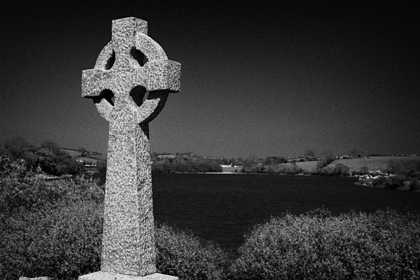 Northern Ireland Photograph - Irish Celtic Cross Overlooking Lake by Joe Fox
