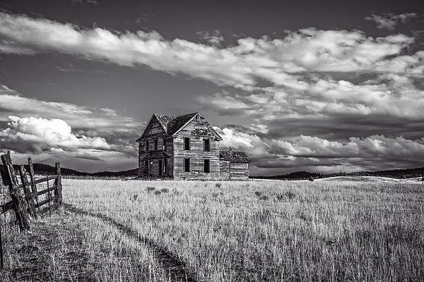 Central Oregon Photograph - King Homestead_bw-1601 by Joe Hudspeth