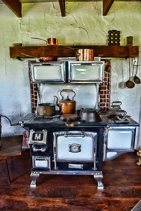 Kitchen The Vintage Stove Photograph By Paul Ward