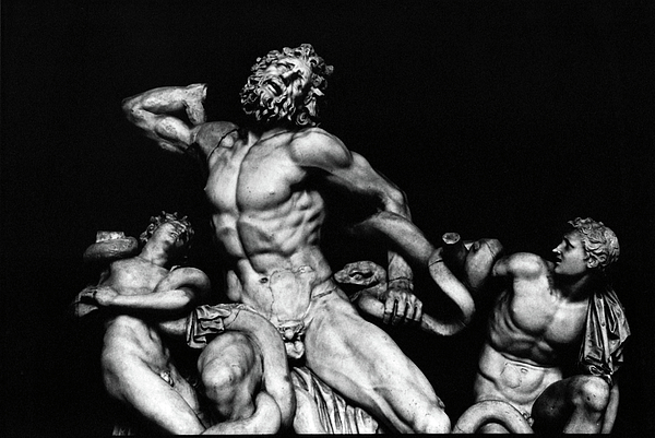 Italy Photograph - Laocoon And His Sons Aka Gruppo Del Laocoonte by Michael Fiorella