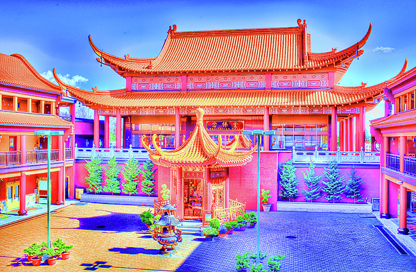 Lingyen Photograph - Lingyen Mountain Temple 12 by Lawrence Christopher