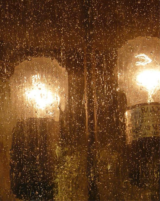 Abstract Photograph - Lite Rain by Florene Welebny