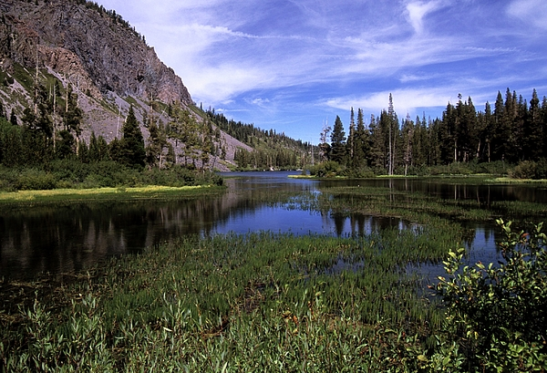 Blue Sky Photograph - Lower Twin Lakes by Don Kreuter