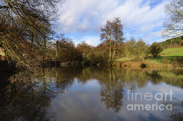 Lumsdale Photograph - Lumsdale Pool by Steev Stamford