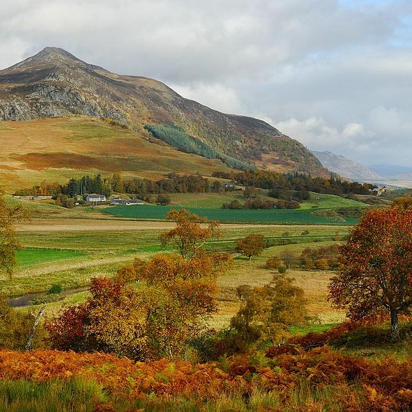 Scots Photograph Photograph - Macpherson Autumn - The Clan Macphersons Seat  by John Kelly