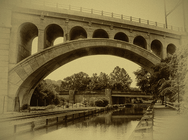 Manayunk Photograph - Manayunk Canal In Sepia by Bill Cannon