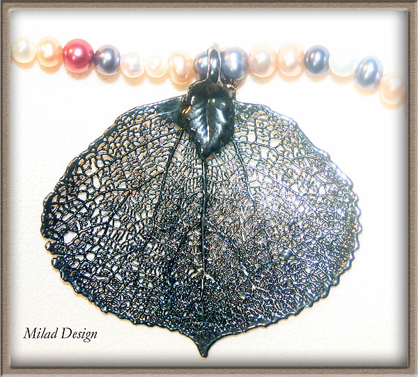Necklace Jewelry - Maple Leave by Mila Drutel