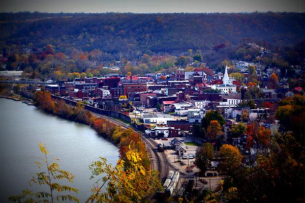 Maysville Photograph - Maysville Kentucky by Susie Weaver
