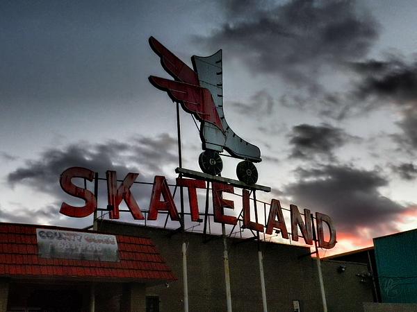 Memphis Photograph - Memphis - Skateland 001 by Lance Vaughn