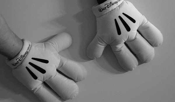 Black And White Photograph - Mickeys Hands by Rob Hans