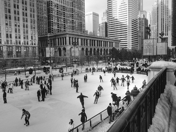 Chicago Illinois Photograph - Millennium Skate by David Bearden
