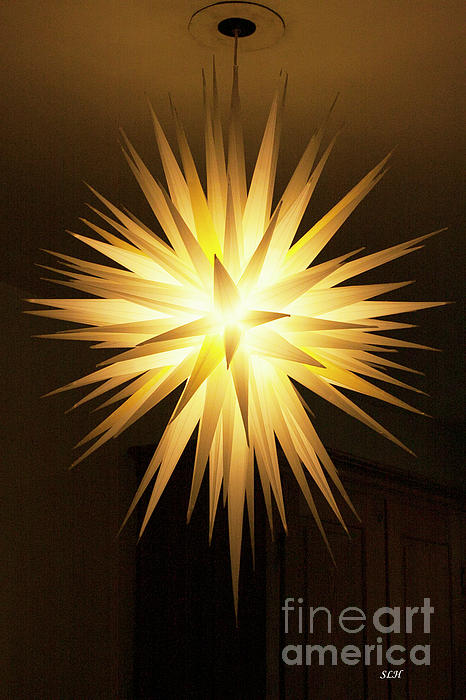 Moravian Star Photograph - Moravian Star by Lee Hartsell