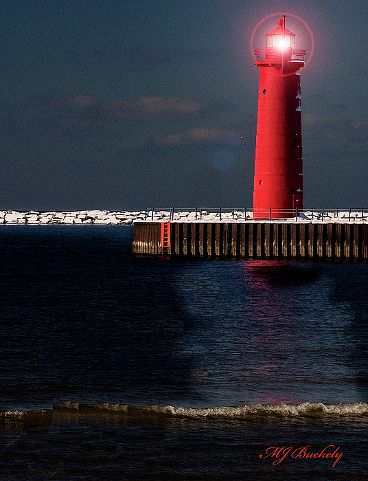 Lighthouse Photograph - Muskegon Mi Lighthouse by Marti Buckely