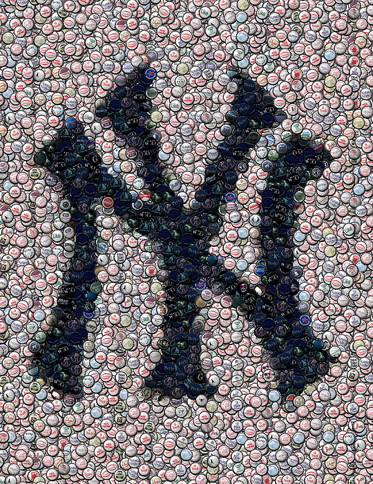 New York Digital Art - New York Yankees Bottle Cap Mosaic by Paul Van Scott