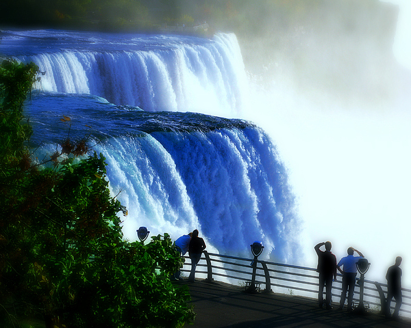 Niagra Falls Photograph - Niagra Falls by Perry Webster