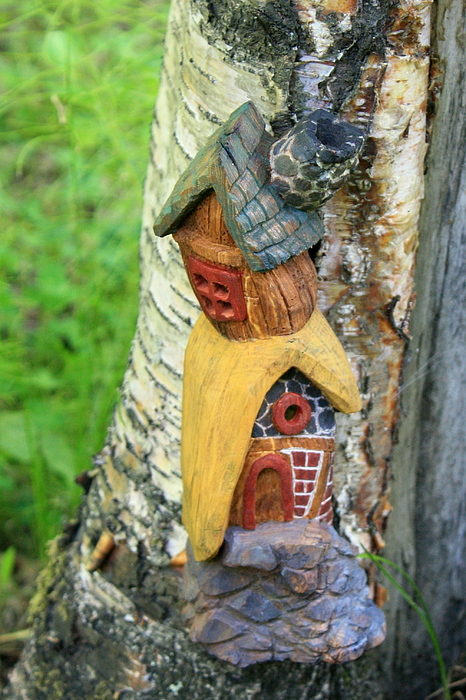 Cottonwood Sculpture - No Place Like Gnome Home IIi by Eric Knowlton