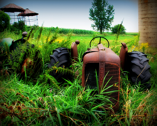 Tractor Photograph - Old Oliver by Perry Webster