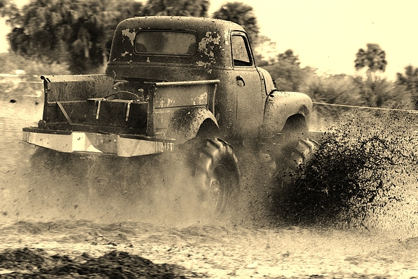 Truck Photograph - Old School by Lynda Dawson-Youngclaus