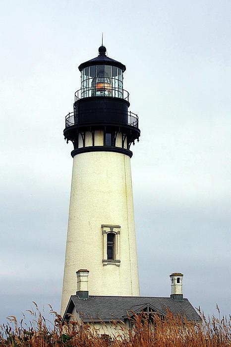 Yaquina Head Lighthouse Photograph - Oregon Coast Lighthouses - Yaquina Head Lighthouse by Christine Till
