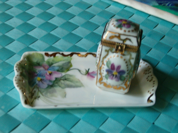 Limoges Mixed Media - Perfumer With Tray by Cynthia Pinnell