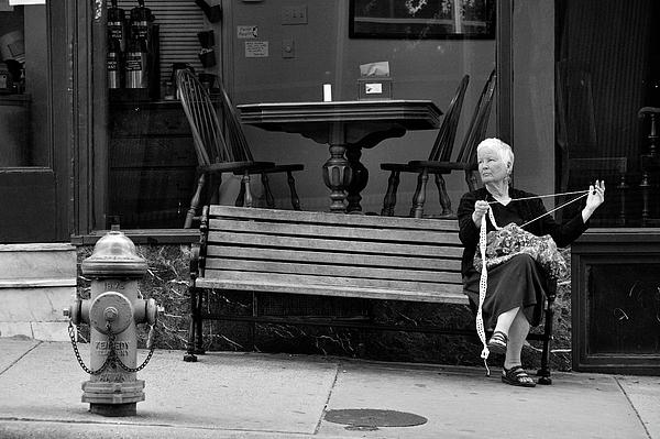 Bench Photograph - Perl by Joe Longobardi