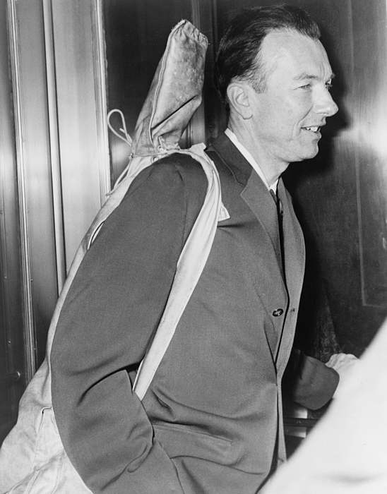 History Photograph - Pete Seeger B. 1919 Arrives At Federal by Everett