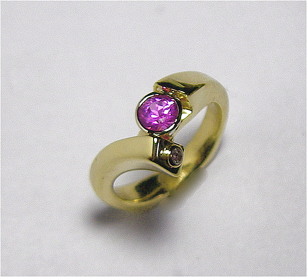 14kt Gold Jewelry - Pink Sapphire Ring by Danny Shaw