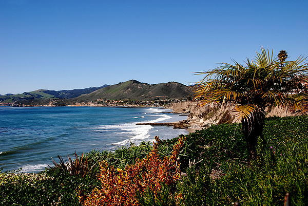 Coast Line Photograph - Pismo Beach California by Susanne Van Hulst