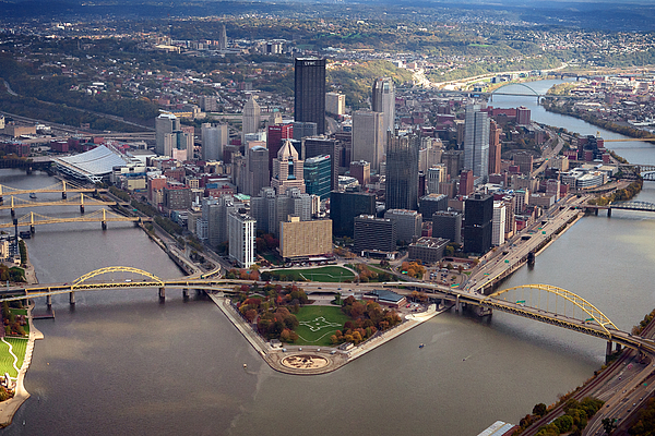 Aerial Photography Photograph - Pittsburgh 8 In Color  by Emmanuel Panagiotakis