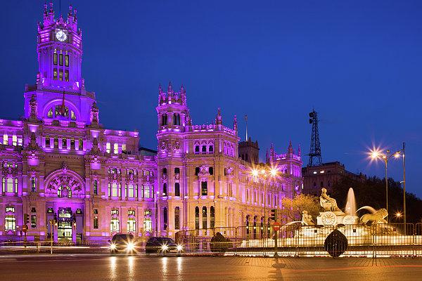 Madrid Photograph - Plaza De Cibeles In Madrid by Artur Bogacki