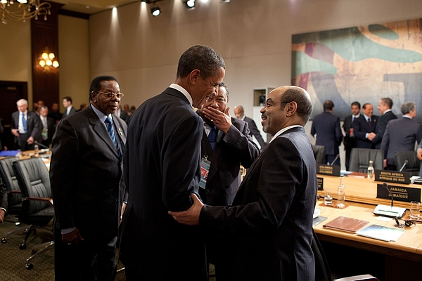 History Photograph - President Obama Talks With Ethiopian by Everett