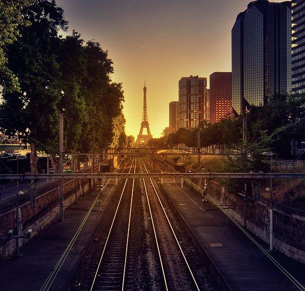 Horizontal Photograph - Railway Tracks by Stéphanie Benjamin