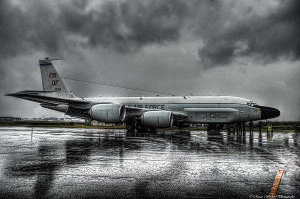 Airplane Photograph - Rc-135vw by Ryan Wyckoff