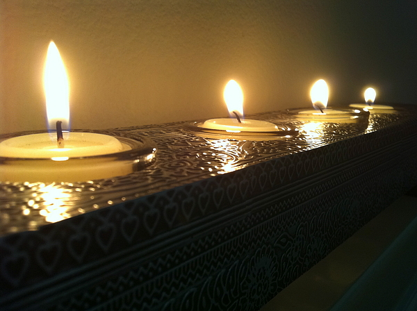 Candles Photograph - Reflection by Vonda Lawson-Rosa