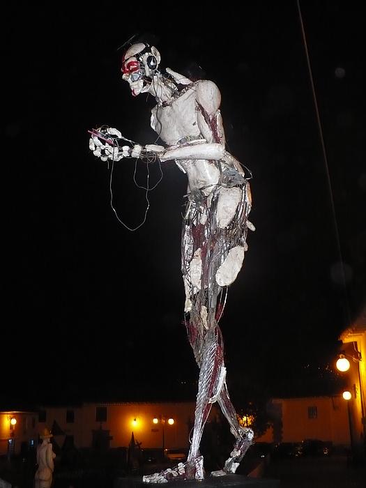 Renzo Uolcman Sculpture by Edwar Garces
