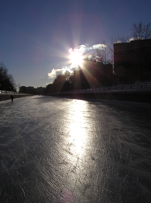 Rideau Canal Photograph - Rideau Canal At Sunrise by Richard Mitchell