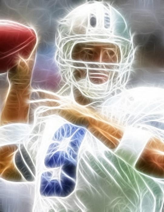 Tony Romo Digital Art - Romo by Paul Van Scott
