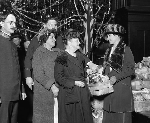 1923 Photograph - Salvation Army, 1923 by Granger