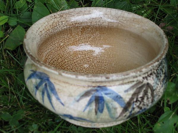 Smoke Ceramic Art - Smoke-fired Bamboo Leaves Bowl by Julia Van Dine