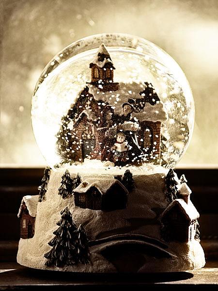 Snowglobe Photograph - Snowglobe by Carlise Azmitia