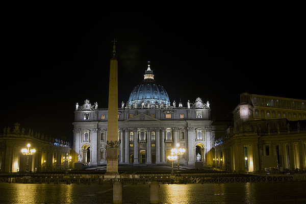 Italy Photograph - St Peters At Night by Alan Zeleznikar