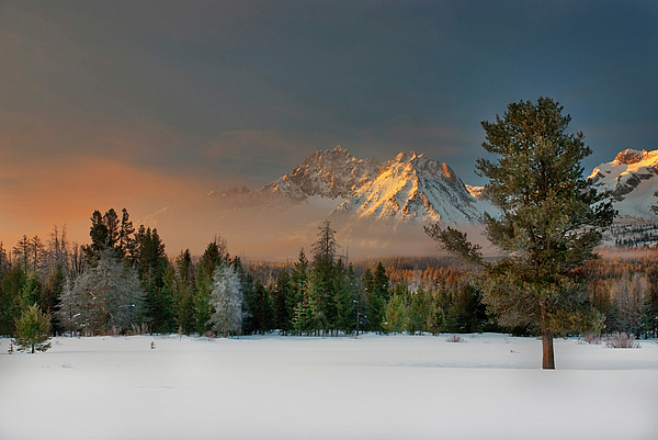 Horizontal Photograph - Sunrise Over Sawtooth Mountains Idaho by Knowles Photography