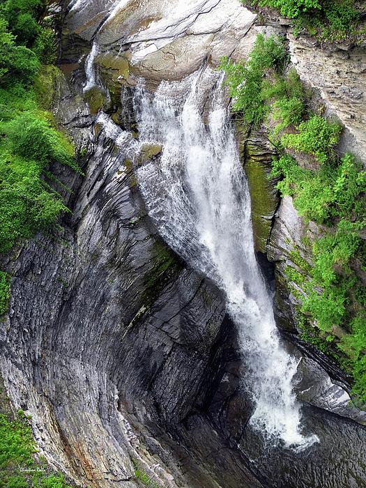Taughannock Falls Photograph - Taughannock Falls Upper Rim Trail by Christina Rollo