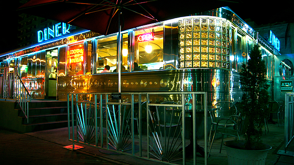 Diner Photograph - The Diner By Night by Dieter  Lesche