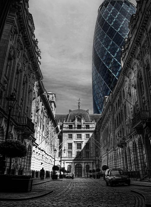 Yhun Suarez Photograph - The Future Behind The Past by Yhun Suarez