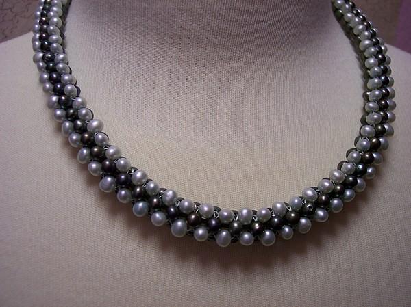 Beadwork Jewelry - Tre Elegance by Ema Colon
