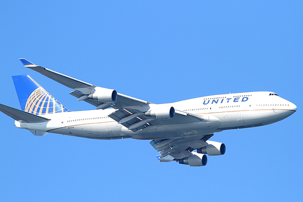Transportation Photograph - United Airlines Boeing 747 . 7d7852 by Wingsdomain Art and Photography