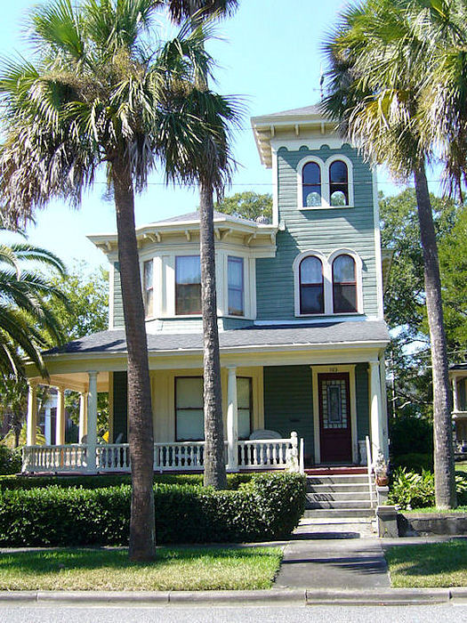 Victorian Photograph - Victorian House by Barbara Oberholtzer
