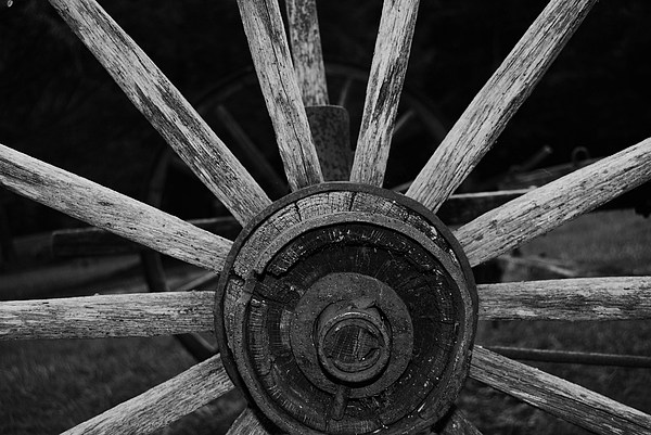 Virginia Photograph - Wagon Wheel by Eric Liller